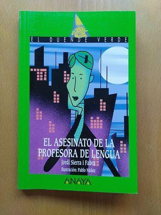 """Libro """"El asesinato de la profesora de lengua"""""""