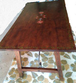 Mesa de comedor, estilo rústico