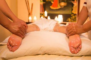 Masaje profesional a 4 manos