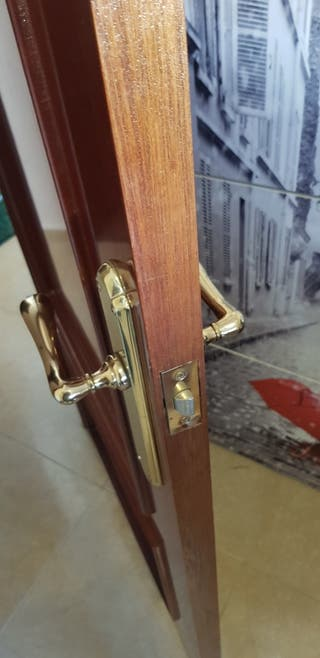 5 puertas madera macizas