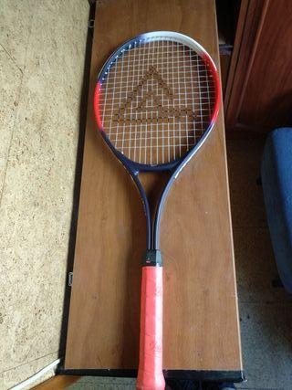 Dos Raquetas de tenis antiguas.