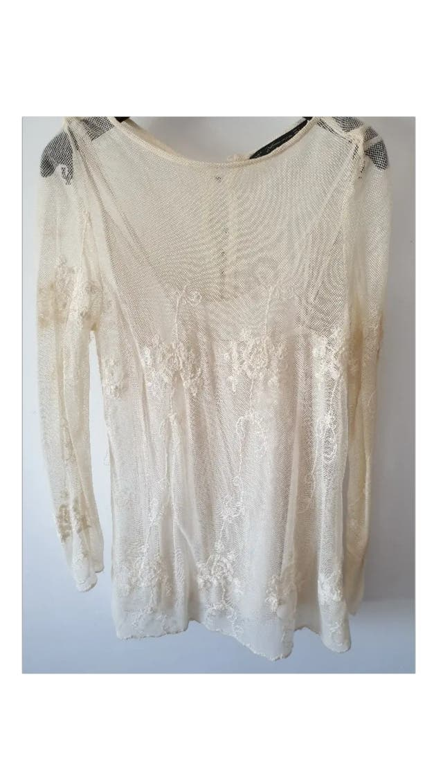 Blusa bordados Zara