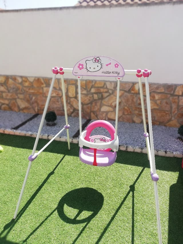 columpio de hello kitty