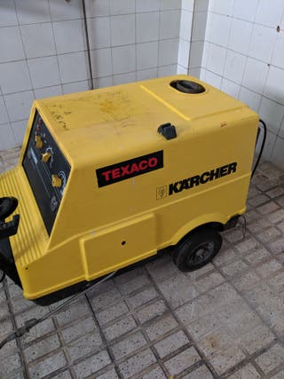 Hidrolimpiadora Karcher industrial HDS690