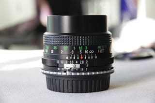 objetivo vivitar 24mm f2 montura F Nikon (a EF)