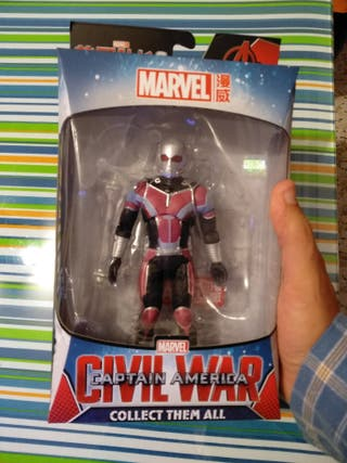 Figura ANT MAN Civil War. Nuevo