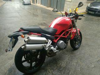 Ducati monster S2r 800. S2 r