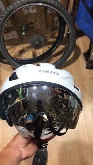casco giro vanquish mips