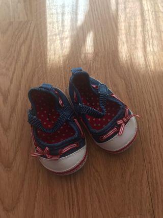 Zapatillas bebe niña,talla 18