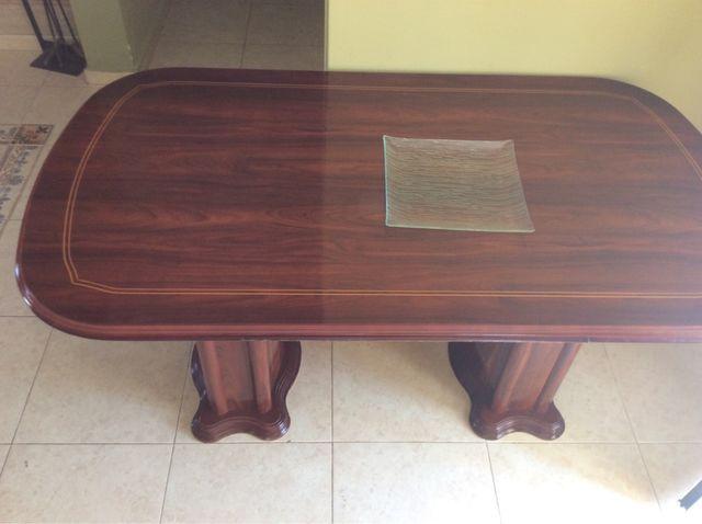 Mesa comedor extensible de madera