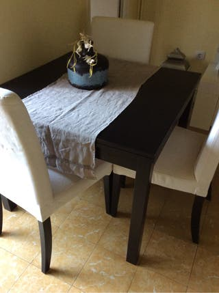 Mesa mas sillas de regalo mesa pequeña