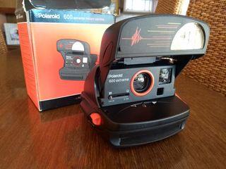 Polaroid 600 extreme. Cámara instantánea