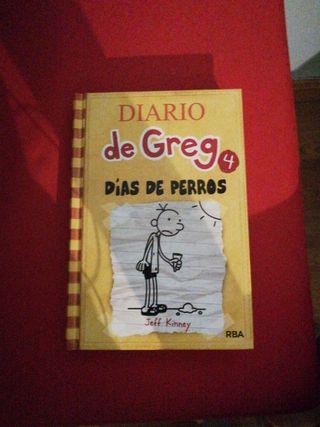 El diario de Greg 4 DIAS DE PERROS
