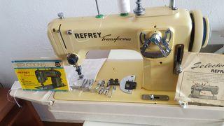 1 maquina de coser y bordar