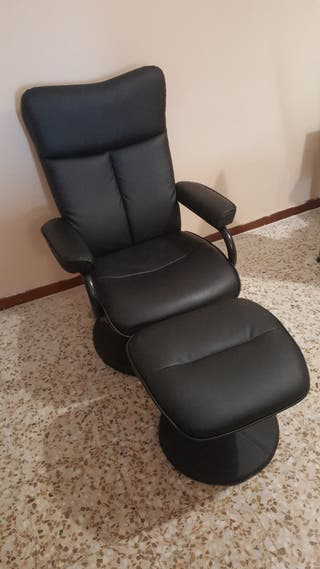 Sillón negro reclinable