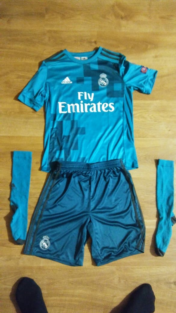 Equipacion completa Real Madrid Original