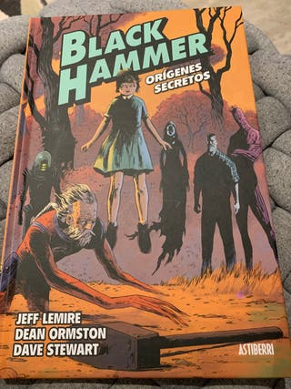 Cómic Black Hammer Vol.1