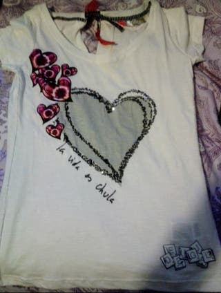 Camiseta de Desigual. Talla M