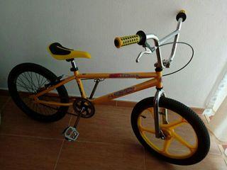 bicicleta bmx monty.