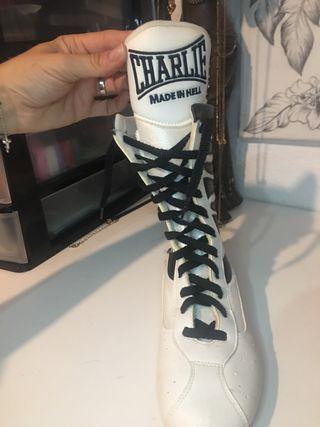 Zapatillas tipo boxeo