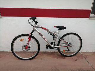 Vendo bicicleta de montaña. Aluminio