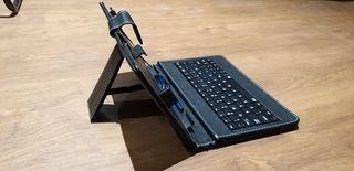 """Funda con teclado para Tablet 7"""""""