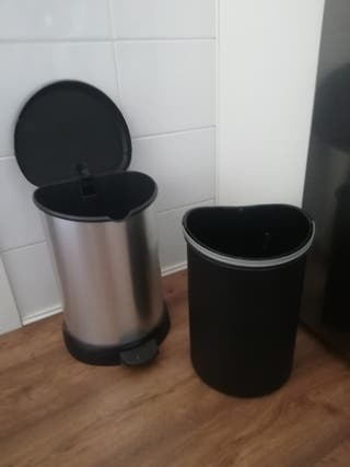 cubo de basura metal