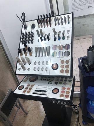 Expositor de maquillaje mya