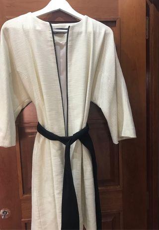 Abrigo tipo kimono Zara