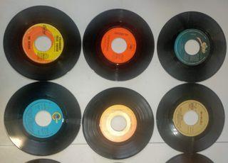 11x Singles Vinilo 45 RPM / Beatles, Boney M, ABBA