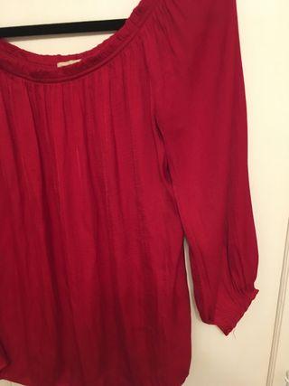 blusa oysho roja