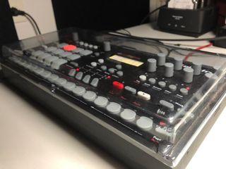 Caja de ritmos Elektron analog rytm mki / mk1