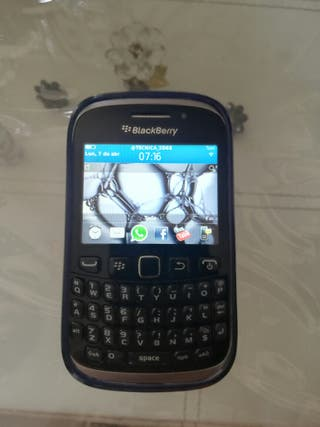 móvil BlackBerry 9320 en perfecto estado