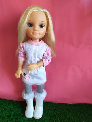 Muñeca Nancy new articulada d brazo y mano