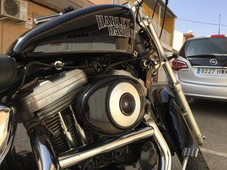 Harley Davidson - XLH 883 Screaming Eagle sporster