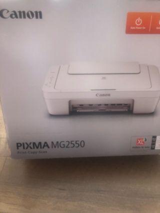 Impresora canon pixma con escáner y fotocopiadora
