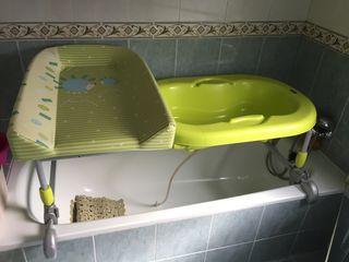 Bañera y cambiador Brevi