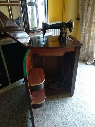 Maquina coser singer mueble