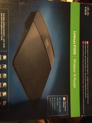 Router wifi Cisco Linksys 12000