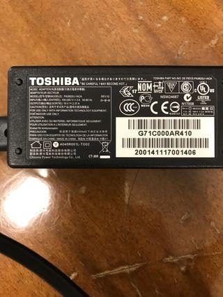 Cargador Toshiba PA3822U-CA 19 Vy 2,37 A