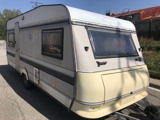 caravana hobby 4pz