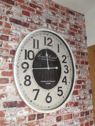 reloj de pared grande, decoración