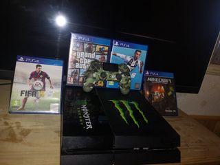PS4 + 4 juegos + mando personalizado