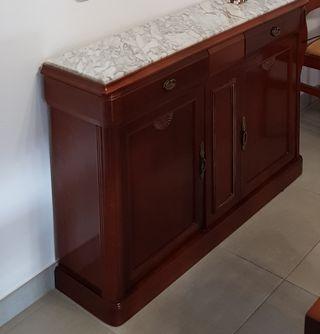 mueble recibidor con marmol