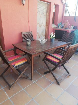Mesa jardín y 4 sillas