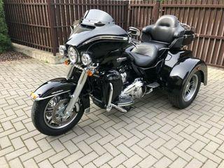 Harley-Davidson TRI GLIDE ULTRA TRIKE FLHTCUTG