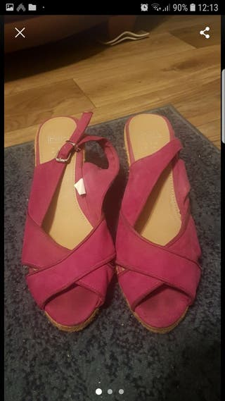 wedges size 8.