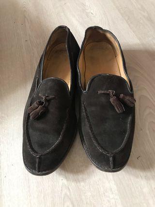 Zapatos marca castellano
