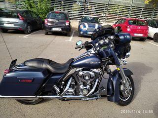 Harley Davidson street glide azul mate
