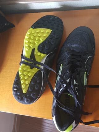 botas futbol talla 43